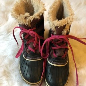 SOREL Winter Boots RARE Color SIZE 8